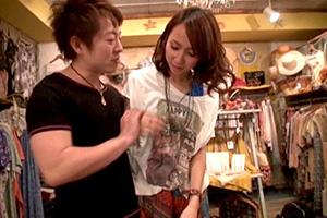 美人店員さんにAV撮影交渉!