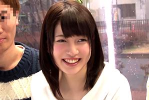 【MM号】Wデート中にゼミの先輩カップルとスワッピングする福祉学部の美少女