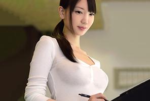 着衣おっぱいカフェ店員 鈴木心春