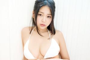南真菜果 AV debut