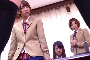 BOYで唯一、生徒達会に入って美10代小娘10代小娘たちと連日ヤリまくり☆