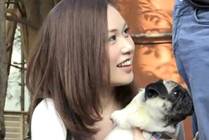 犬の散歩中に『かわいい~』と触りにくる愛犬女子をナンパ!