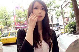 【素人】川崎でナンパした大人びている専門学生(19)をホテルに連れ込み…