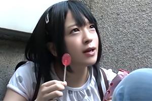 団地に住むロリ少女がお菓子に釣られて怪しいおじさんに付いていった結果…