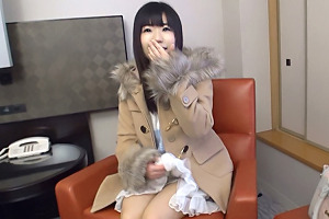 【素人ナンパ】アニメ声で童顔巨乳な横浜のそば屋店員(19)をハメ撮り