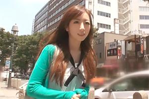 渋谷で色白美女をナンパ