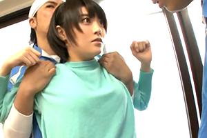 宅配業者を装って女子寮に侵入し部屋を回って片っ端からレイプ!