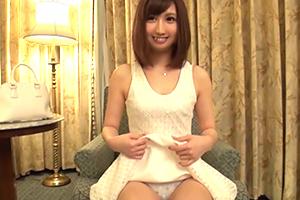 【シロウトTV】苺大福を毎日作ってる 今どき流行りの太眉ハーフ系美少女の登場です。