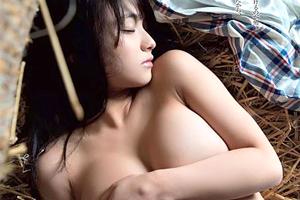【悲報】子役でも活躍していたロリアイドル片岡沙耶(Gカップ)が遂にぼかしありのセミヌード堕ち