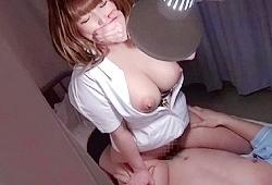 若い患者は味見せずには居られない…巨乳人妻ナースがエロい。