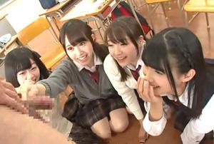 放課後にクラスの女子と王様ゲームするのが流行った結果www
