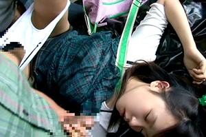 少女をスタンガンで眠らせてレイプする集団がヤバいwww