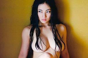 紗綾(22) のフルヌードがエロすぎなんだがwww