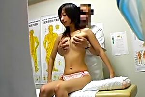 歌舞伎町整体治療院 03
