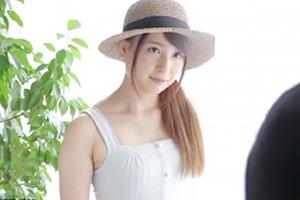 石原恵麻 AVデビュー作でいきなり中出しされた美少女