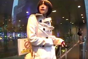 東京駅で見つけたスタイル抜群の家出少女を泊めてSEX三昧!