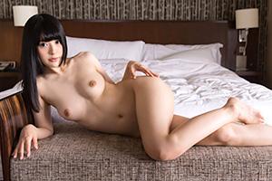 幸田ユマ 色白美少女、無垢な身体が紅く染まるエッチ