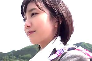 【素人】山梨在住、女優・波留似のGカップ奥さんとカーセックス!