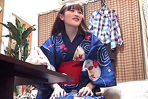 【隠し撮り】花火大会でナンパした桃色乳首の美乳保育士とセックス!