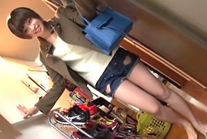 大当たり!本田翼級のボーイッシュ女子大生とデリバリーセックス!