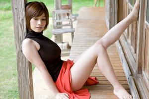 【脚フェチ必見】美脚で美女という最高のヌキ材料