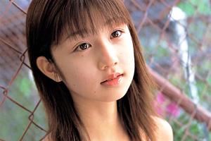 【朗報】小倉優子、ガチでマンコ晒す・・・