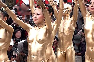 素人美女の裸を見放題!名古屋で行われてる祭りがエロすぎw