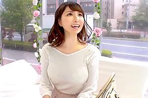 【マジックミラー号】優しそうな女子大生にデカチン即ハメ!