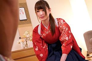 TVでも特集されたカルタ取り名人がまさかのAVデビュー!