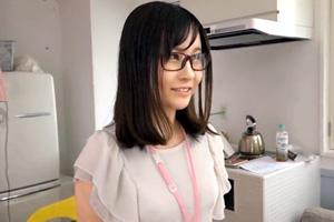 上園ゆりか ガチで処女なアイポケ女子社員がまさかのAVデビュー!