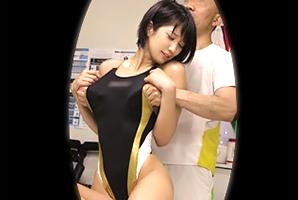【盗撮】水泳で鍛えたクビレボディをガチムチ整体師に犯される美人日体大生