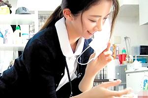 【素人】お昼休み中にナンパされマスクっとってフェラする清楚看護師さん!