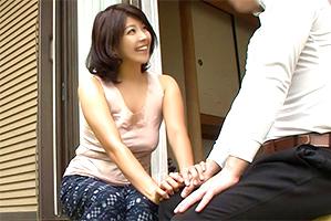 【昭和】夫が出ていくや否やモンペ姿で村の男と不倫するムチ巨乳妻!
