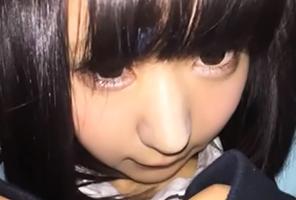 【個人撮影】童顔JKの公衆トイレ円光!怯える少女にイラマ→立ちバックと容赦なく料金分プレイ!