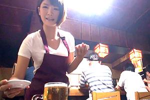 【素人】下町の焼肉酒場でクビレFcup女将をナンパ!松坂牛並みの最高級ボディを食す!