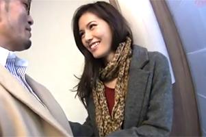 【素人】最旬ファッションに身を包む世田谷セレブをナンパ!43歳には見えない美魔女ボディを堪能!