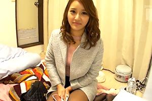 【素人ナンパ】中野駅で終電逃した美人OLを自宅まで送り届けて171cm長身ボディを堪能!