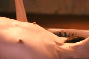 【芸能人】NHK・朝ドラ出演の人気若手女優が乳首ギン勃ちの過激撮影!