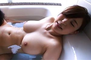 【素人ナンパ】一度抱いたら一生忘れられない身体をしたHカップの26歳美人専業主婦