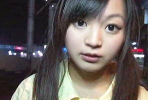 日本と同じ感覚で夜中出歩いてLAのスラム街で浮浪者に中出しされる身長140㎝のロリ娘!