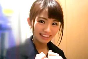 【素人ナンパ】ニコニコ笑顔が素敵な女子大生をホテルに連れ込む!