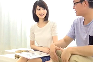 【一般男女モニタリングAV】絶倫妻が童貞君の精子を搾り取る