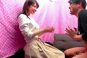 【ナンパ】笑顔が可愛い素人娘がオネダリ腰振りセックス!