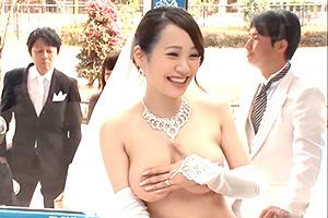 結婚式終わりにマジックミラー号で新婦を寝取る!新郎より先に種付けマジキチSEX!