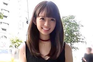 ピチピチの18才。エロ可愛い陸上女子が引き締まったボディでAVデビュー!