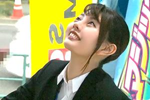 【マジックミラー号】ガード固くてなかなか撮らせなかった入社1年目の美人OLが遂に抜いだ!
